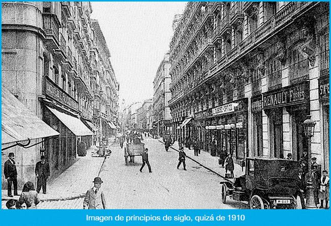 La Calle Arenal en blanco y negro
