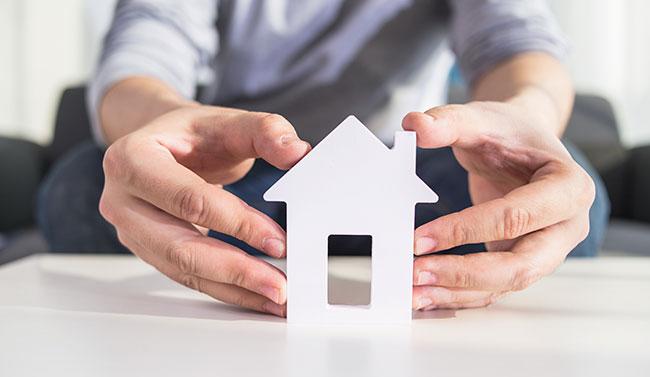 Los españoles invierten en vivienda